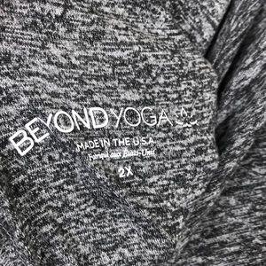 Beyond Yoga Tops - Beyond Yoga Weekend Traveler Gray Soft Top 2X